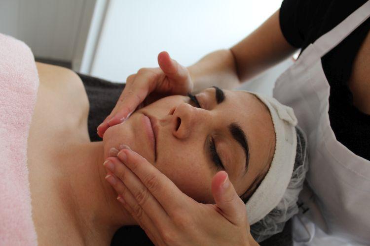 10 tips om acne aan te pakken